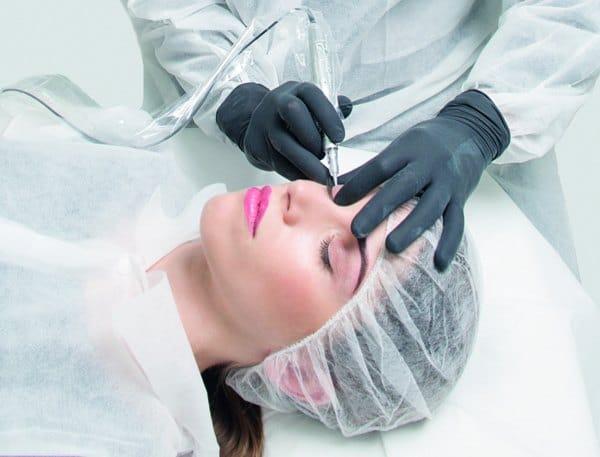 trucco permanente eye liner